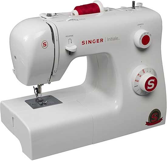 Exemple de machine à coudre SINGER
